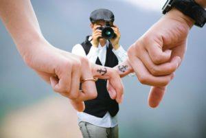 Tatuaż na palcu – tak czy nie?