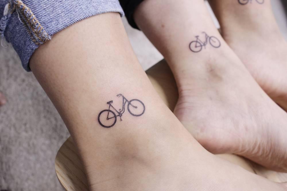 Tatuaż Dla Sióstr Najlepsze Pomysły Fashionistki