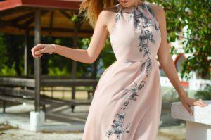 Jak dobrać odpowiednią sukienkę do figury?
